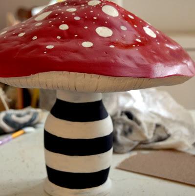 Caterpillar's Mushroom