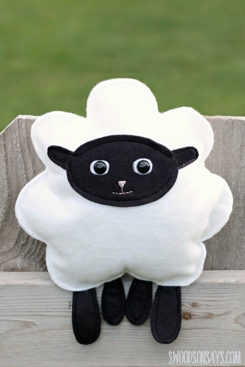 Sew a Soft Little Lamb