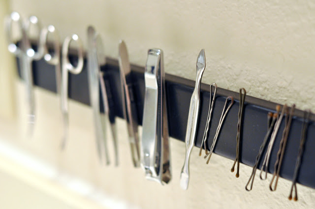 Magnetic Bathroom Rack