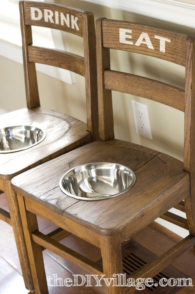 Make an Elevated Feeding Station for an Older Dog