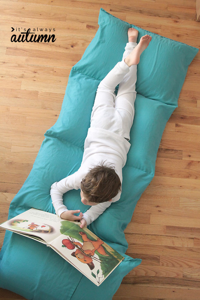 Kid's Pillow Bed