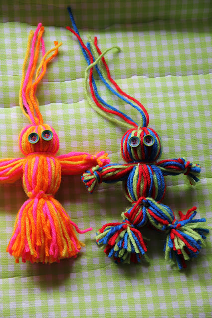 Simple and Sweet Yarn Dolls