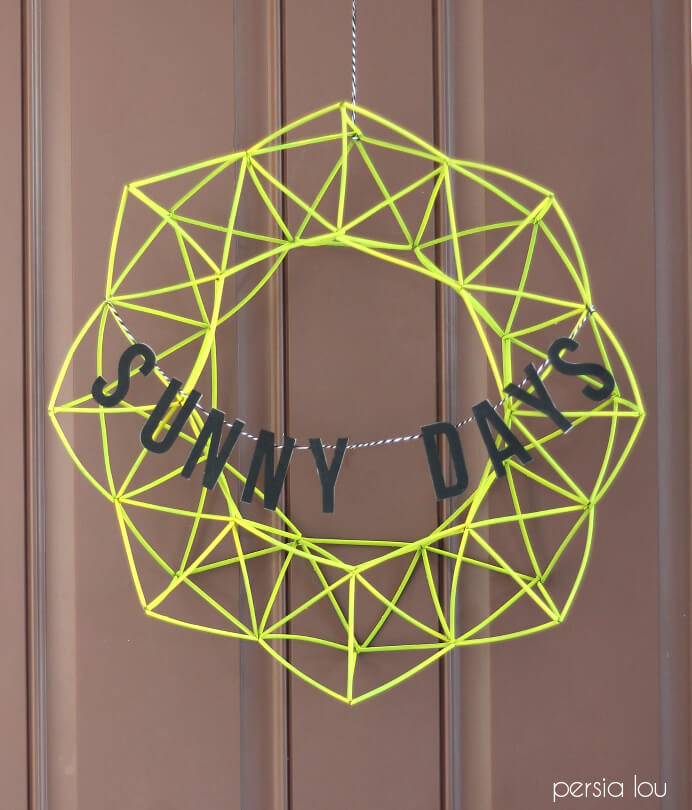Geometric Wreath out of Drinking Straws