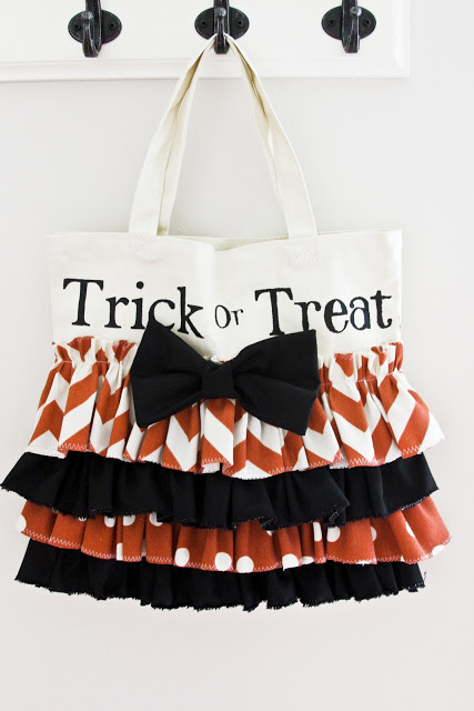 Ruffled Halloween Candy Tote