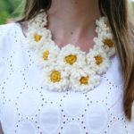 Crochet Daisy Chain Necklace