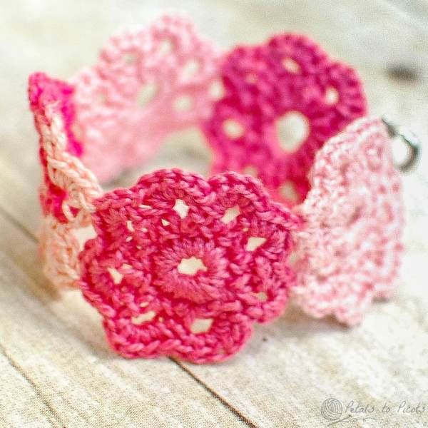 Crochet Flower Bracelet Pattern