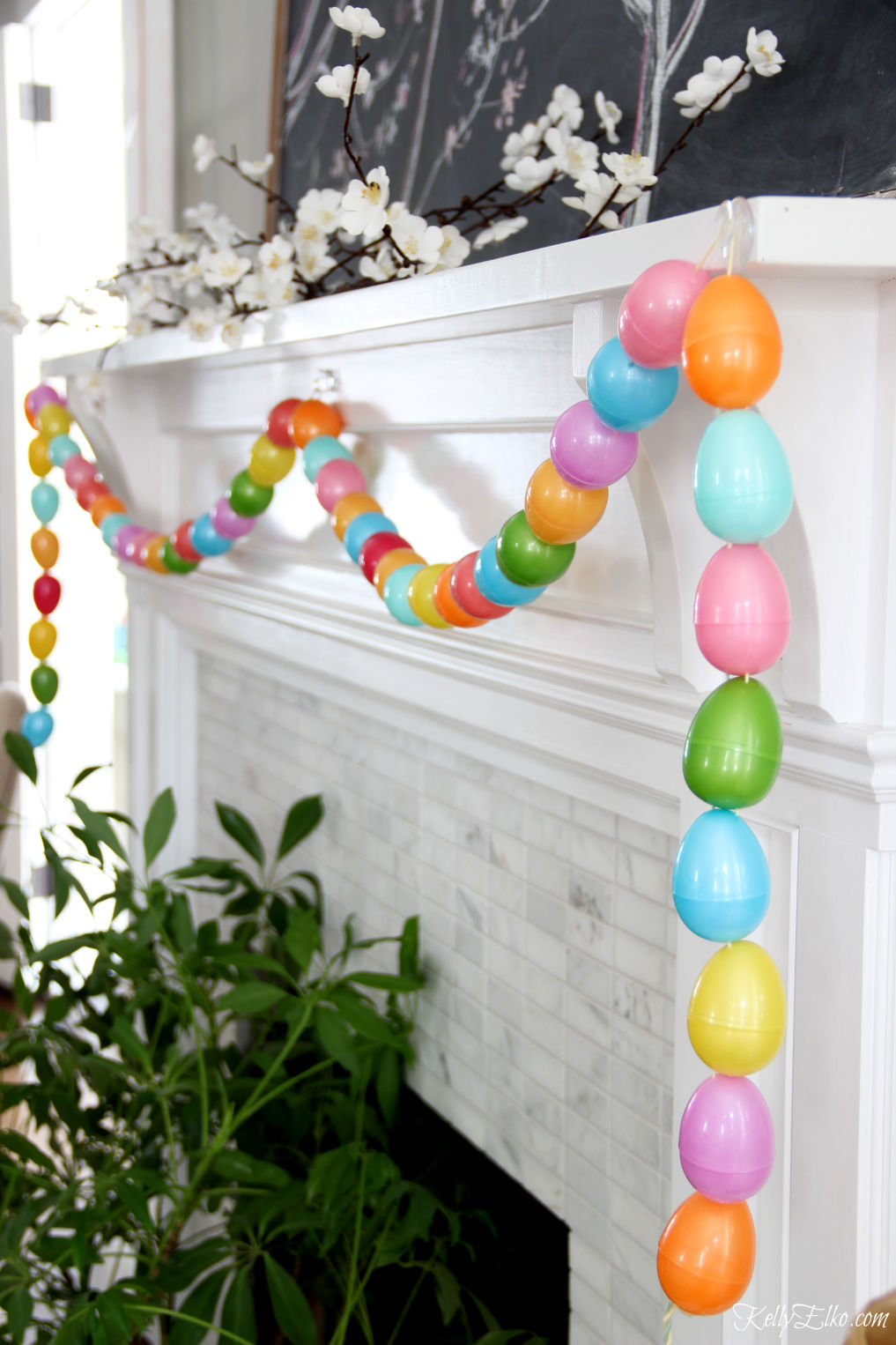 Plastic Eggs Garland