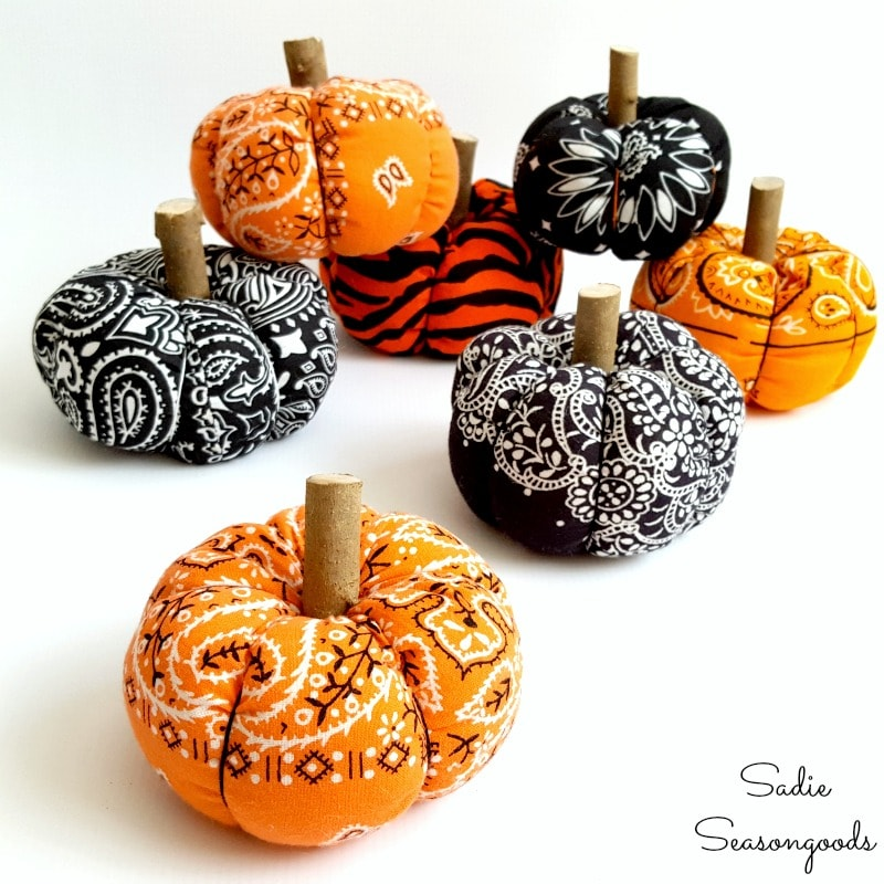 Bandana Pumpkins