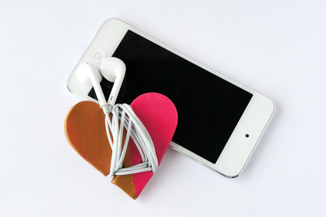 Heart Hadphone Cord Wrap